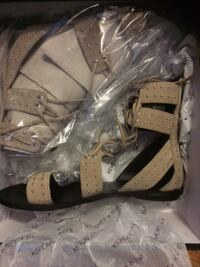 Kendall and Kylie Womens-Fabia Gladiator Sandal 6.5 Scarborough, Toronto, ON, Canada