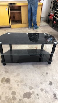 Tv stand Langley, V3A 3C9