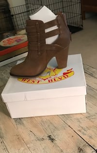 Size 7 West Blvd Brown Booties Lynn Haven, 32444