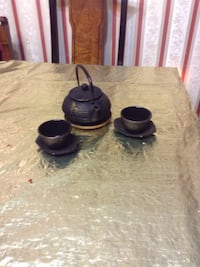 two black ceramic candle holders Vienna, 22182