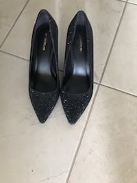 pair of black pointed-toe heeled shoes Markham, L6E 2H7