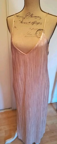 Robe Zara new still with price tag Toulouse, 31000