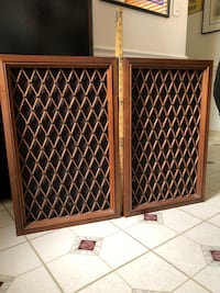 Vintage 1973 PIONEER CS-99 Floor Speakers 5 Way - Cabinets Are In Excellent Condition - Pioneer Badges Still Present on The Lattice - AVAILABLE / NEGOTIABLE Farmington Hills, 48336