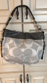 COACH Like New Grey Satchel Purse  Welland, L3C 3W8