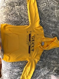 yellow and black pullover hoodie Montréal, H1N 2Y9