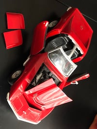 """HOT WHEELS ~ """"LIMITED EDITION 69 Red Corvette 1/18 SCALE Milwaukee, 53223"""