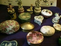 Small glass jewelry boxes some are very old  Lindale, 75771