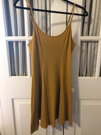 Mustard colour dress for sale Mississauga, L5G 2V4
