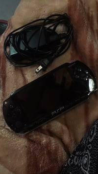 black Sony PSP with charger Winnipeg, R3L 1B5