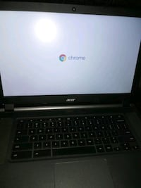 Excellent condition 15in laptop computer setup for gaming