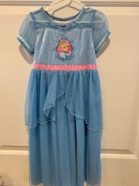 Girls Cinderella dress - Size 6 Gaithersburg, 20878