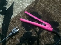 pink and black hair flat iron Martensville, S0K 0A2