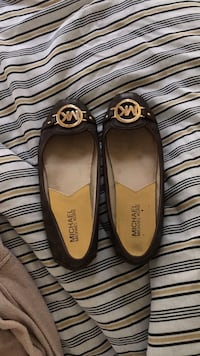 Micheal Kors Flat shoes. 61/2 Severn, 21144