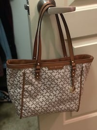 brown and white leather tote bag San Diego, 92123