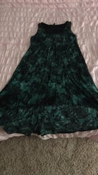 women's black and green floral sleeveless dress Huntersville, 28078