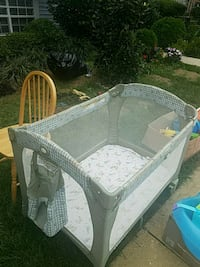 Graco pack & play bed Annandale, 22003
