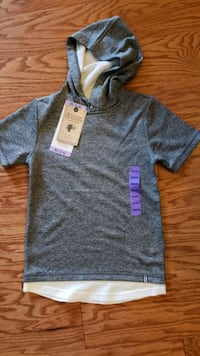 Boy shirt with hoodie (5/6) Germantown, 20874