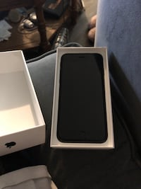 iPhone 7 32gb Black (Unlocked) New Westminster, V3L