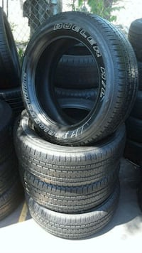 Set Bridgestone 225/55/20 semi new tires  Whittier, 90601