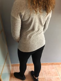 Pull gris  Cannes, 06400