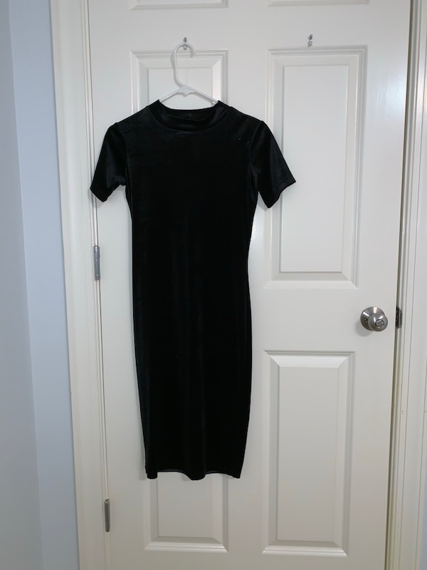 cf9c3ea4 Used ZARA Black Mock-neck Form-fitted Dress for sale in Marietta - letgo