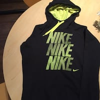 Black and green Nike pullover hoodie Austin, 78741