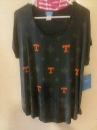 Size medium Pizza Michael Tennessee women's UT lac Knoxville, 37919