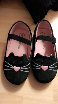 Cherokee Toddler Kitty (target) Brand shoes  Wood Dale, 60007