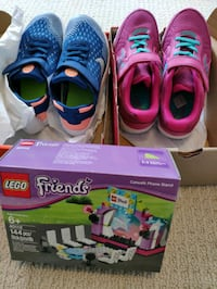 size 2&3 shoes and Lego Markham, L6C