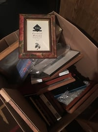 Box of misc assorted picture frames Joliet, 60586