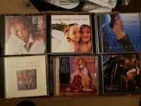 114 / CDS  assorted  rock,country, etc Chicago