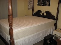 queen size poster bed FRAME and step WASHINGTON