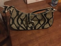 Beautiful Purse - in near mint condition