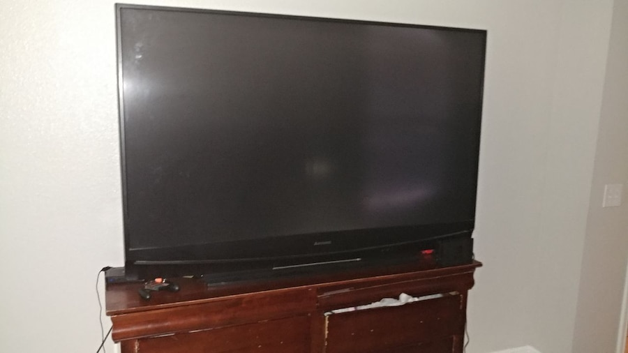 Charming 65 Inch Mitsubishi Tv For Sale 120.00
