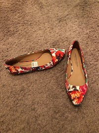 Size 7.5. Still have price tag. Ames, 50010