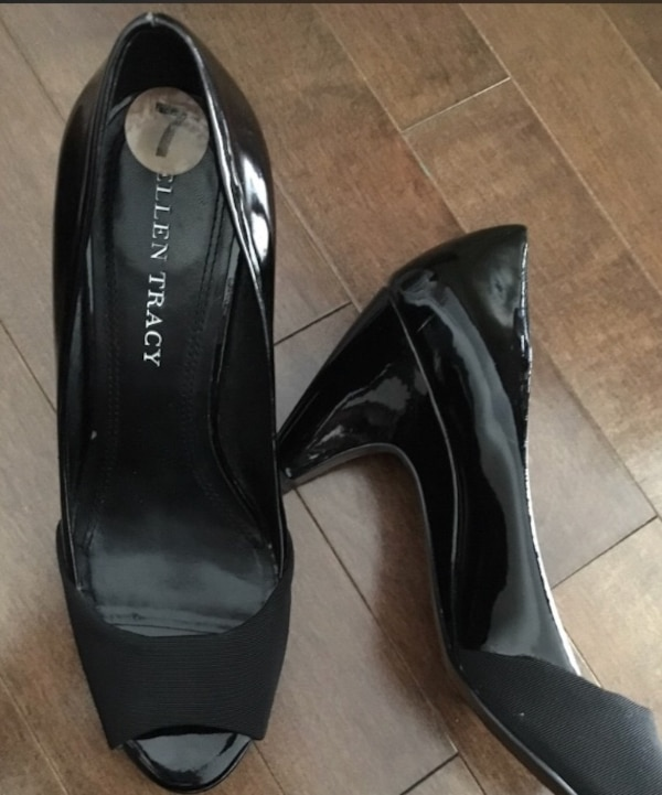 8e7263a3ff2 Used pair of black leather pointed-toe heeled shoes for sale in ...