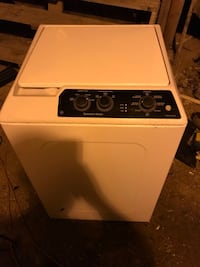 White and black top-load clothes washer Midland, 79706