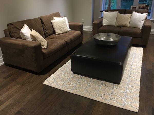 Oversized brown Leather ottoman