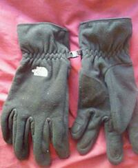 The North Face gloves size XL Bridgeport, 06605