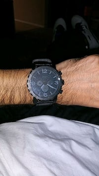 round black chronograph watch with link bracelet Silver Spring, 20904