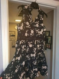 Size Med dress. Brand new.  Antelope, 95843