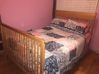 Double bed convertible crib