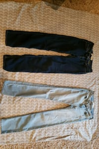 2 pair of Hollister jeans size 3