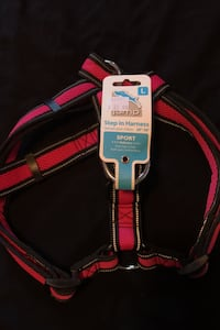 Dog harness in pink size Large Toronto, M5T 2L4
