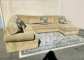 Beautiful 3pcs Huge Beige Tan Sectional, Delivery