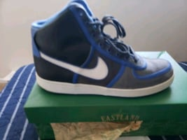 Mens Shoes Nike  Size 10.5