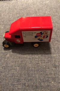 LLEDO collectible Coca Cola Truck  Martinsburg, 25403