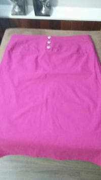 Ashley Stewart Pink Skirt size 18  Delta, V4C 7H5