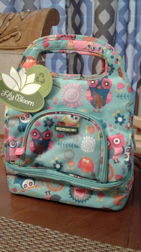 Lily Bloom Fabric Reusable Lunch Box Owl Design NEW 1f63be58-eafc-4cea-8a62-ba1ab55dadec