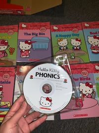 Hello Kitty 12 book Read Along - Scholastic